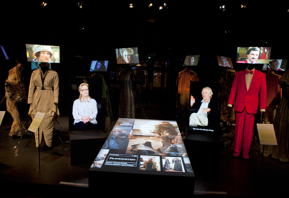 Meryl Streep and Robert De Niro costumes