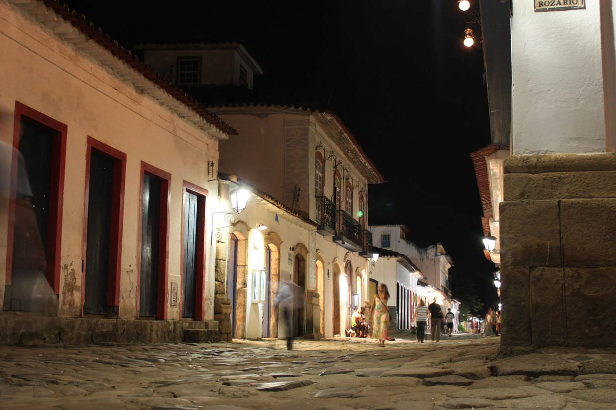 Cobbled Paraty street at night