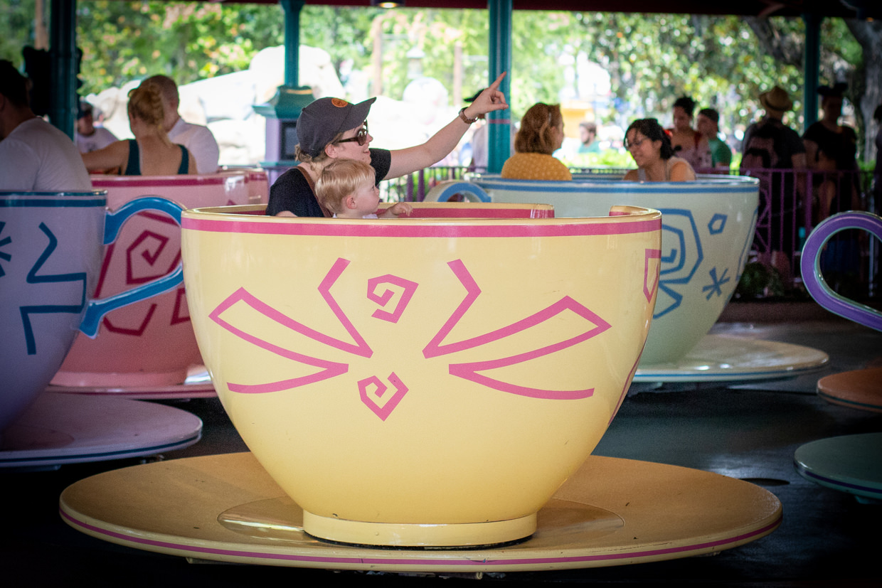 Conway and Samantha on the spinning tea cups