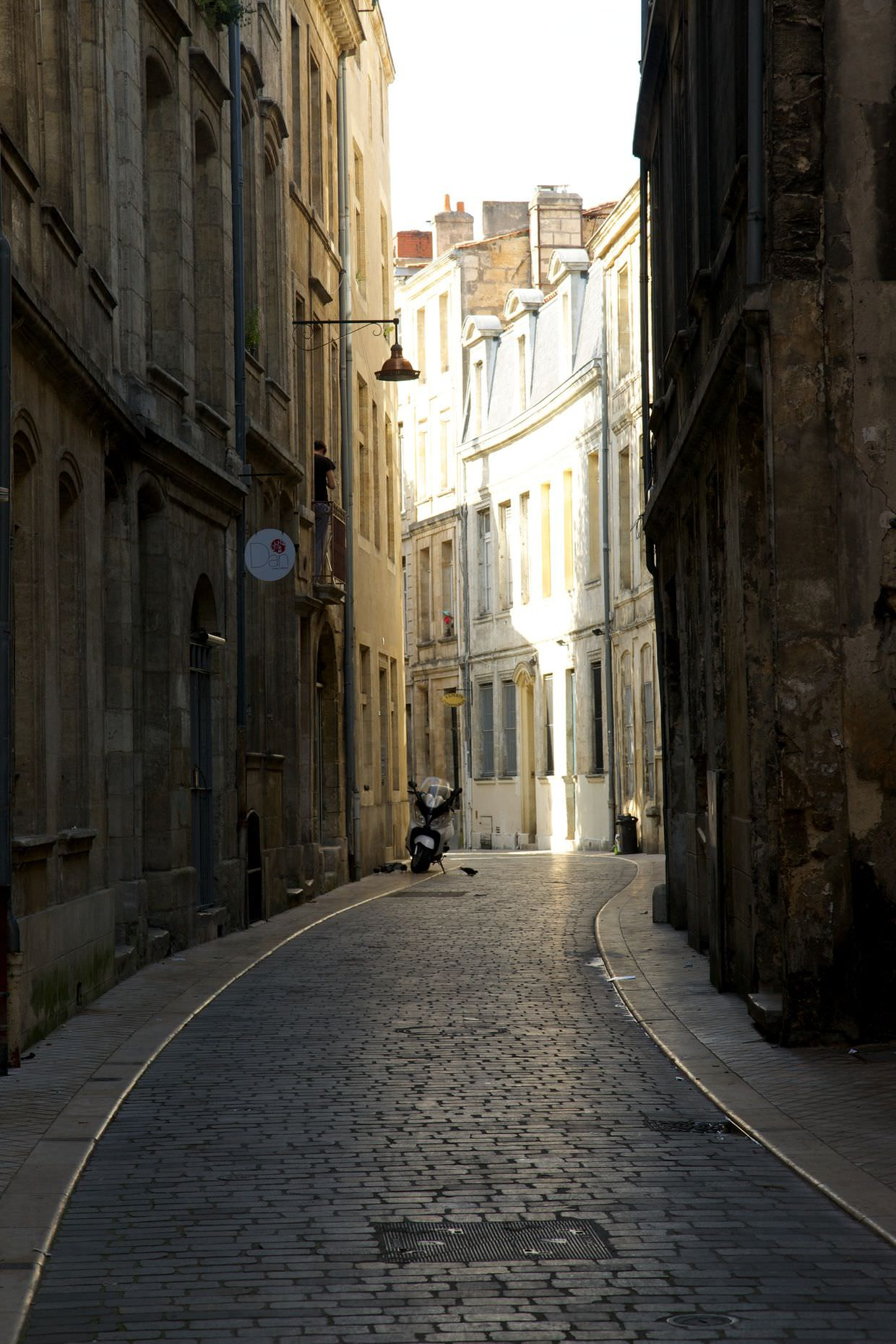 The old streets of Bordeaux