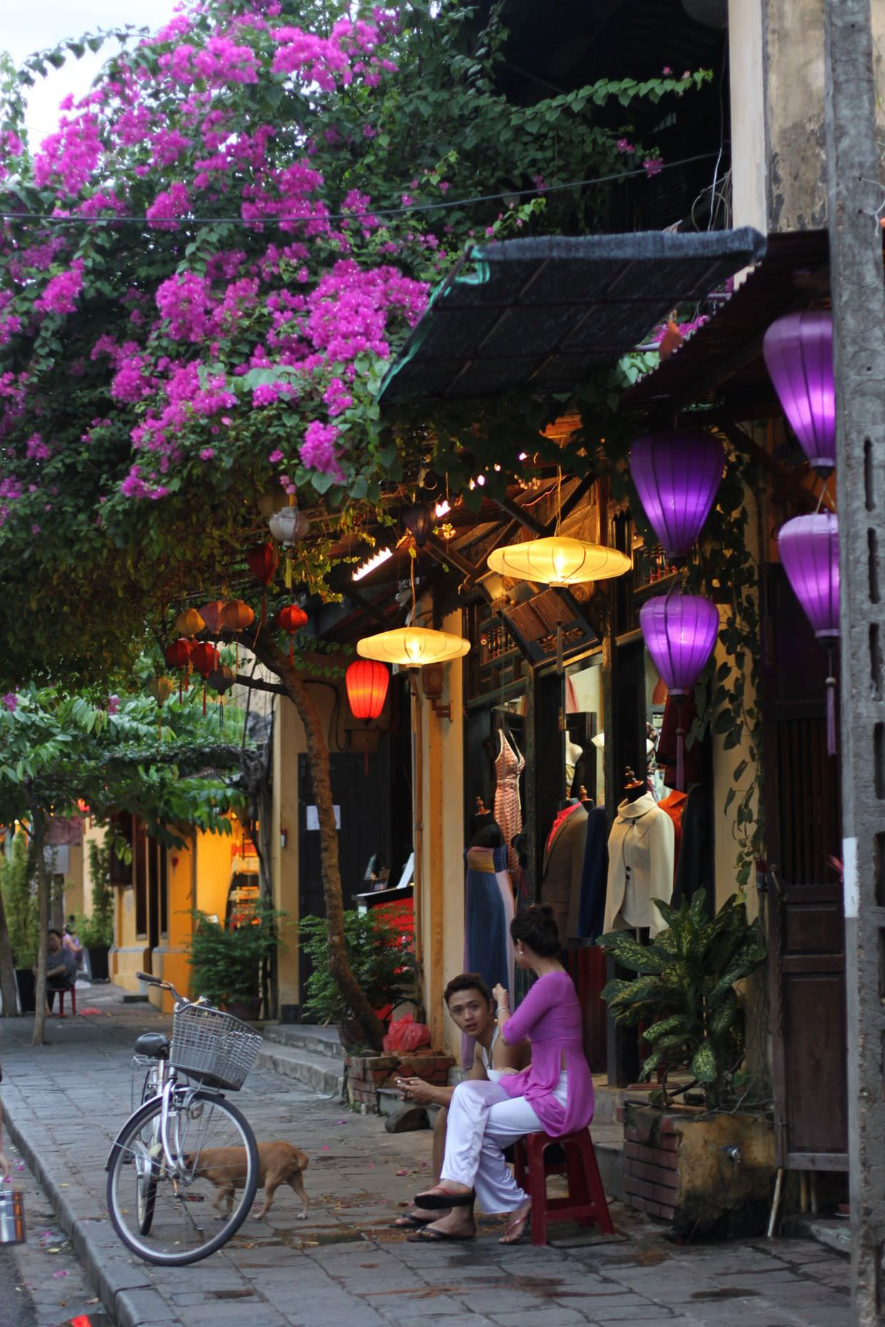 A purple evening in Hoi An