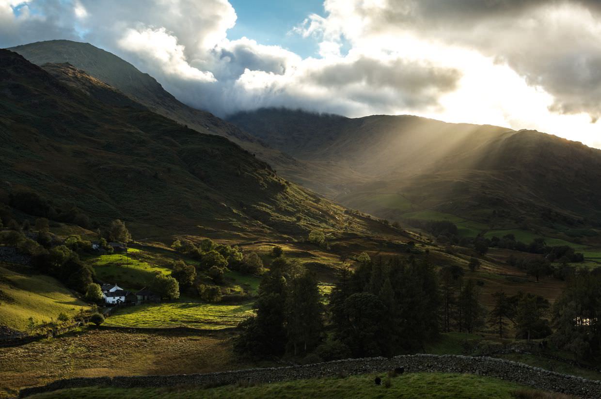 Streaking light rays into Little Langdale