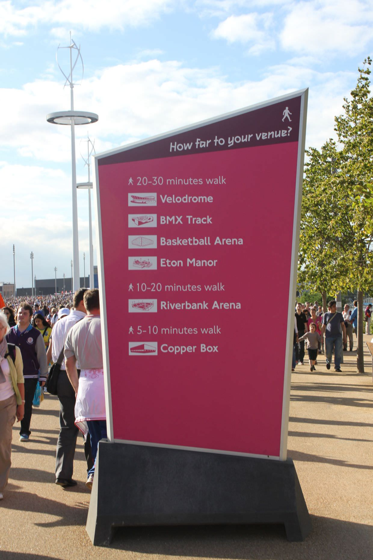 'How far to your venue?', pink branding that worked