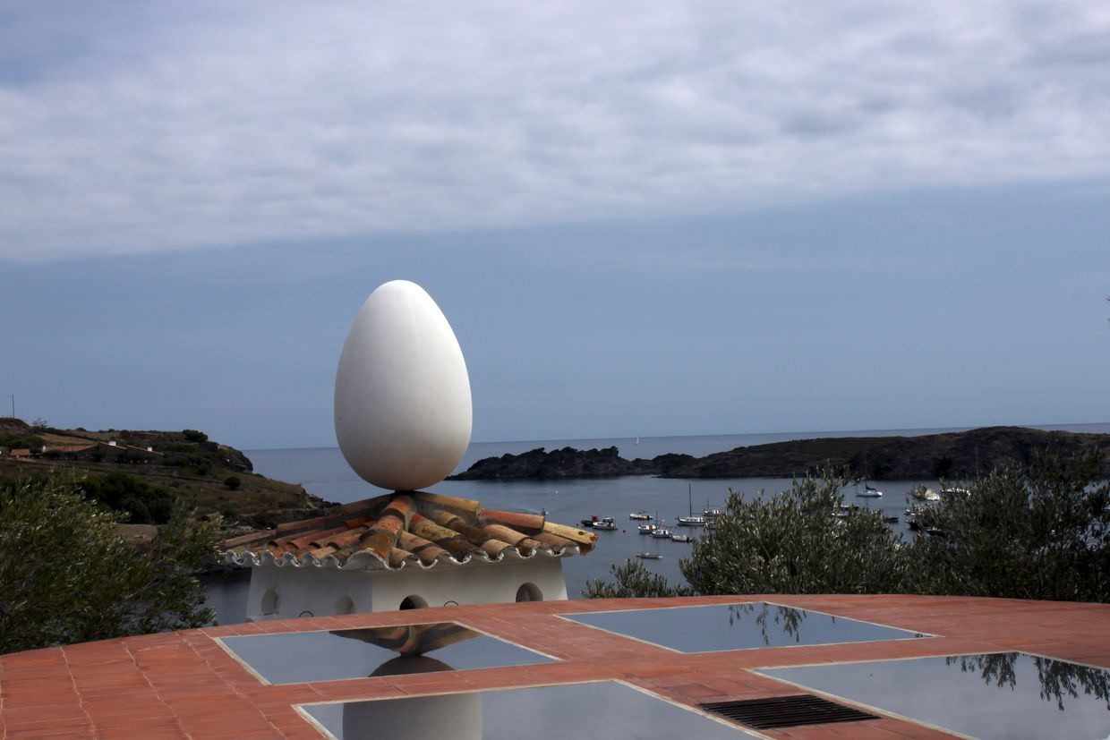 Iconic egg on the roof of Dali's house